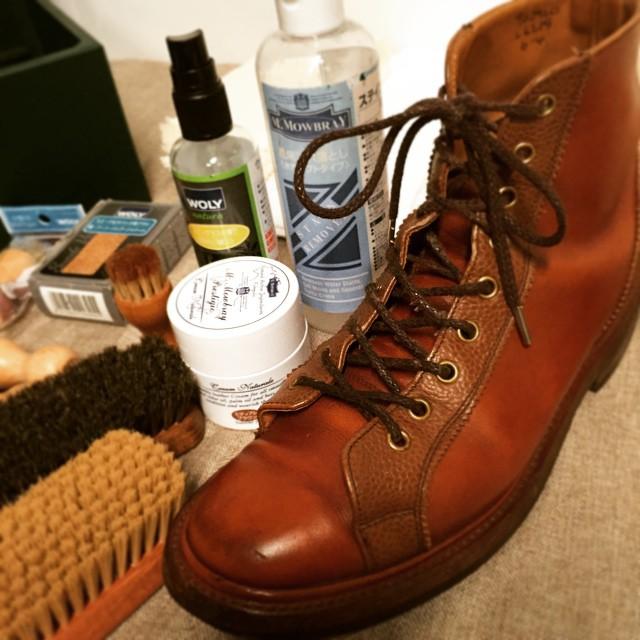 靴のお手入れって、メイクとすごく似てるんです。こうして並べると靴のメイクアップ道具、可愛らしい。 #靴磨き女子部 #靴磨き女子テリー  #mowbray