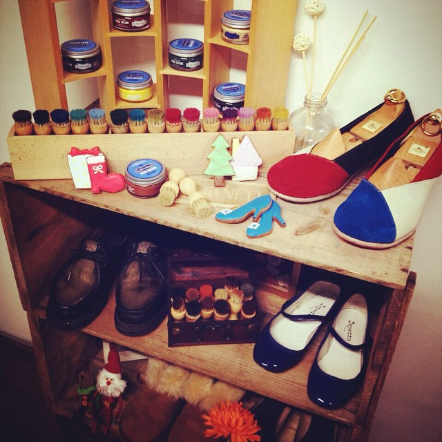 おうちの玄関もこんな感じだったら、お出かけも、シューケアもきっとより楽しくなる。。♪#いつかの野望#靴磨き女子部