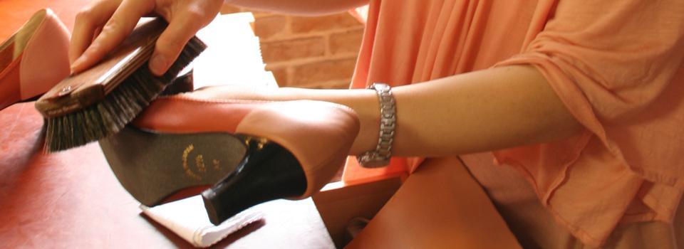 靴磨き女子部