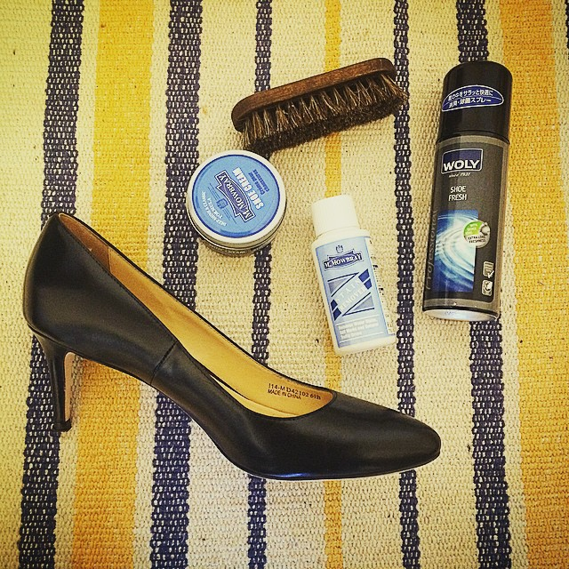 ・・・Today's Event・・・靴磨き女子部によるシューケアワークショップをShop inマルイ池袋店にて開催します。一緒にお気に入りの靴お手入れしませんか?無料のイベントです、お気軽にご参加ください♪5月24日(日)12:00~19:00(途中休憩有り)東京都豊島区西池袋3-28-3マルイシティ池袋1FTel:03-5957-5960※常時受付はいたしておりますのでお履きの靴orお気に入りの靴をご持参くださいませ♪勿論男性のご参加も大歓迎でございます。