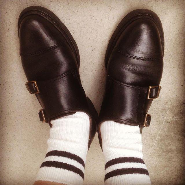 2年ほど履いているのでだいぶ味が出できました。お手入れしてまだまだ履きますっっHP:@shoecaregirls#靴磨き女子部 #靴磨き女子部せんちゃん #パラブーツ #パラブーツウィリアム #paraboot #ダブルモンク #靴磨き #革靴