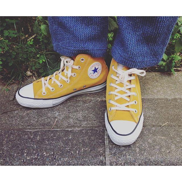 運動会日和のお天気ですね〜 #靴磨き女子部オノシャルD#コンバース#スエード#秋色#きいろ