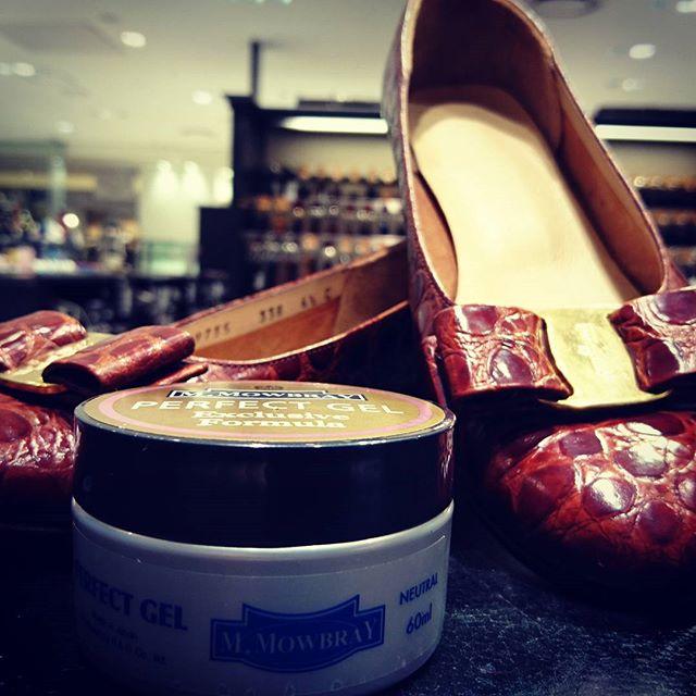 爬虫類革もお手入れしたい方へ〜#靴磨き女子部 #靴磨き#大吟嬢 #mowbray #mowbraymania #パーフェクトジェル