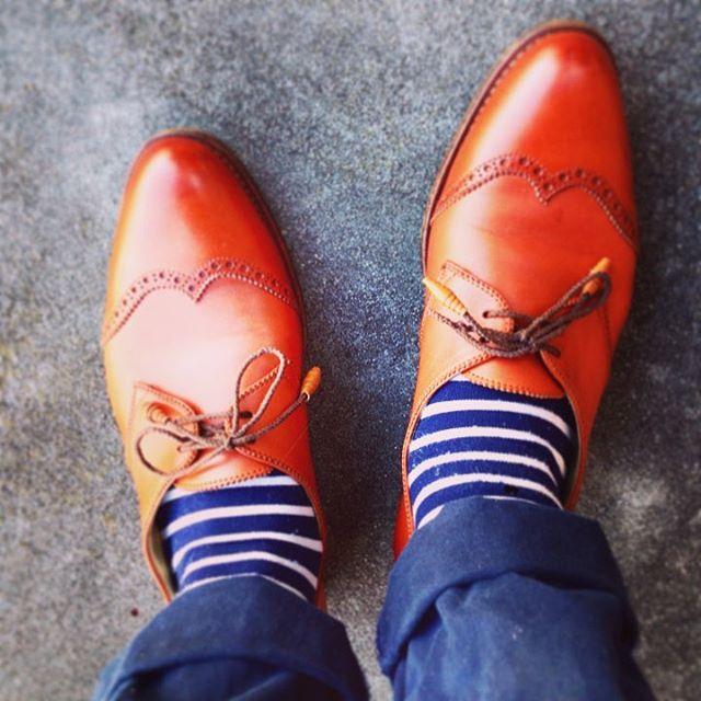 最近買ったばかりのニューフェイス。ユーズド品ですが、磨けばさすがのツヤ感です♩#靴磨き女子部セガール #used #edwardgreen #お手入れはmowbrayクリームナチュラーレで #mowbraymania