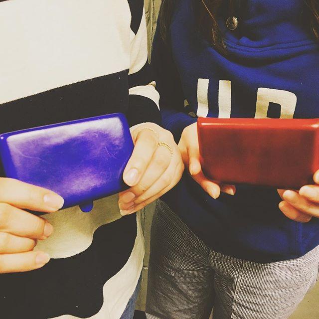 実はしじみとバクバクコアラの名刺入れおそろいなんです♡エイジングしていく程に艶がでるので楽しみです︎♪#peroni#firenze#靴磨き女子部#shoecaregirls