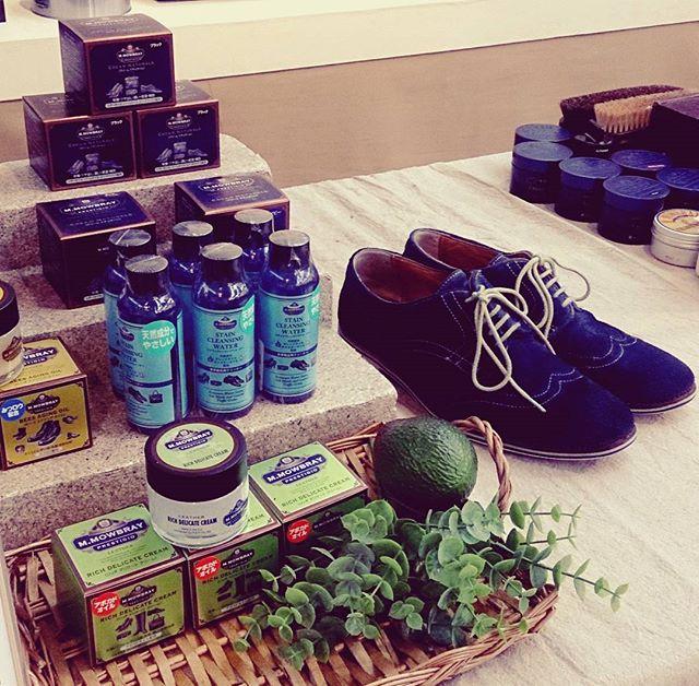 松屋銀座8FイベントスクエアでのFINE GINZA MARKET17日最終日です☆最終日は17時まで。革のお手入れ用品をお探しの方、お手入れ方法でお悩みの方、ぜひお越しください!#松屋銀座 #matsuyaginza #靴磨き #mowbraymania #モゥブレィ同盟 #靴磨き女子部 #shoecaregirlsHP:@shoecaregirls