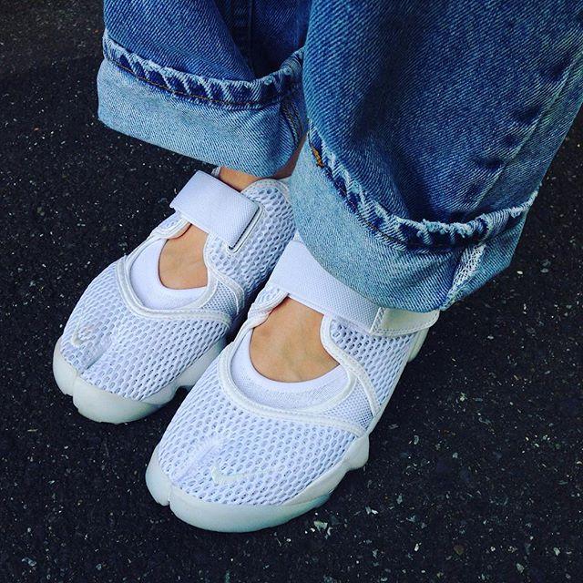 GW、夏日が続いてますね〜️日焼けが気になります、、 #靴磨き女子部 #オノシャルD #ナイキ#nike #airlift#エアリフト