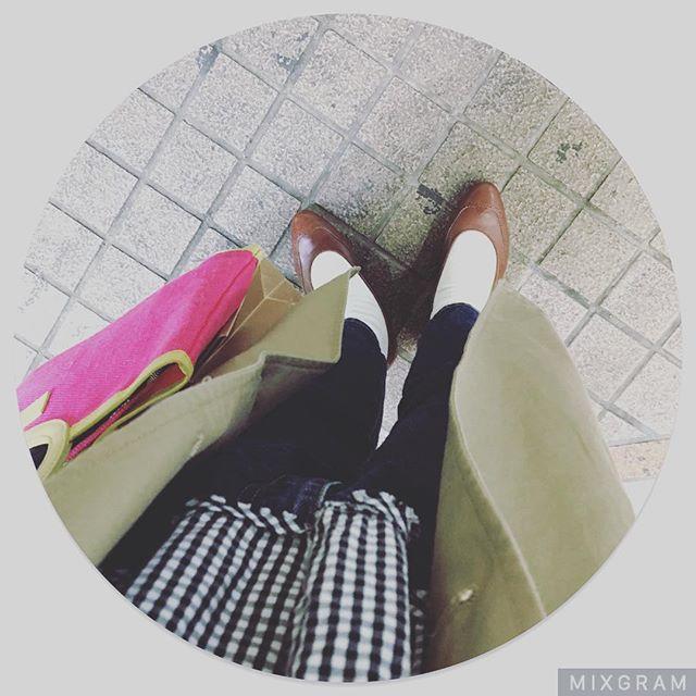 おはようございます。5月に入りましたね今日は午後から突然の雨予報が出ているようです🌨みなさんお気をつけください…! #mowbraymania #靴磨き女子部 #靴磨き女子部せんちゃん #shoecaregirls #ralphlauren #パンプス