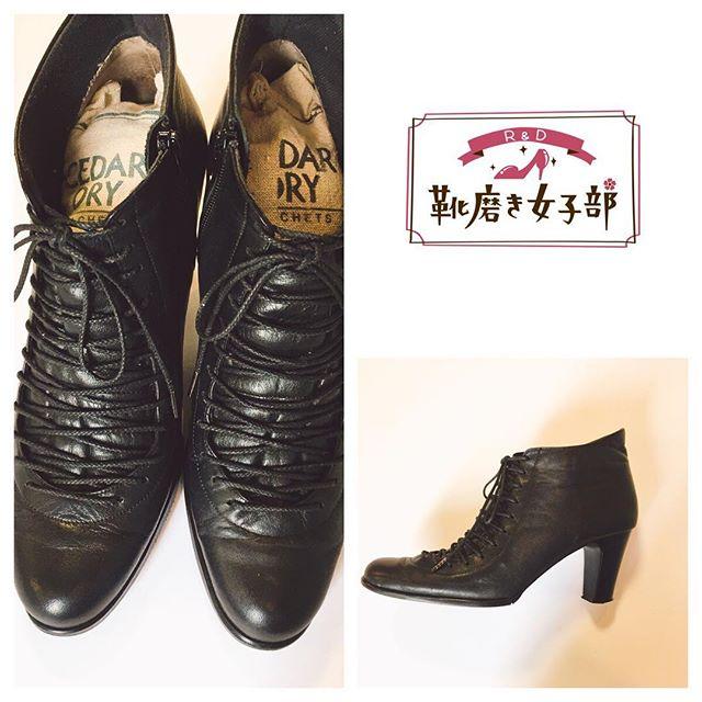 公式オンラインショップ限定の紗乃織靴紐オーダーシューレース!このブーツにはなんと片足で220センチも使用した贅沢仕様市販品では少し長い、短いなどありませんか??靴紐のオーダーはオススメですHP:@shoecaregirls #靴磨き女子部#靴磨き女子部ピンクレンジャー#レザーブーツ#紗乃織靴紐 #オーダーメイド#ブーツのインソールもオーダーメイド#shoecaregirls#mowbraymania sanohata#blacksoes#shoelaces#leatherboots#madeinjapan