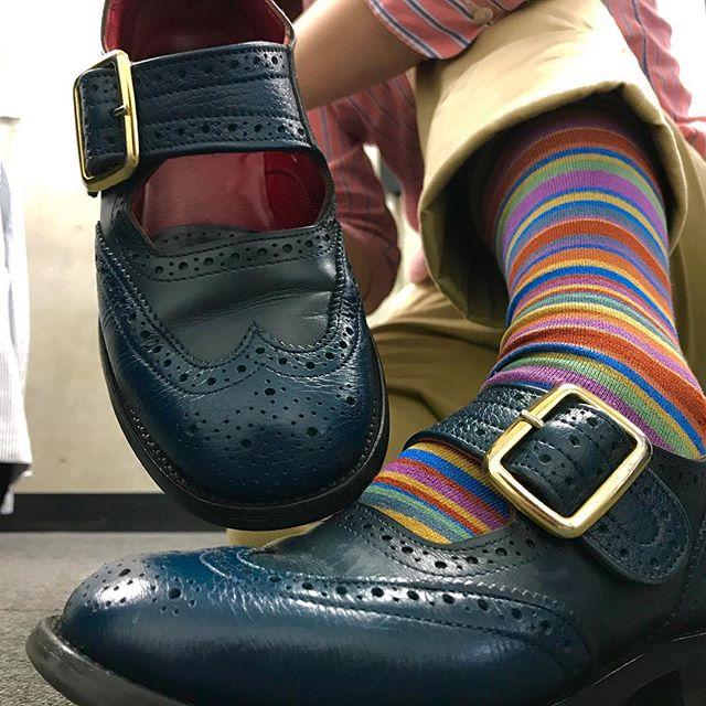 私もやってみたかったキモ撮り#エスプリ軍曹 のpostがうらやましくて…#キモ撮り #やってみたかった #靴磨き女子部 #shoecaregirls #mowbray #mowbraymania #trickers #トリッカーズ #メリージェーン #shoe活2017 #fashion #しじみ