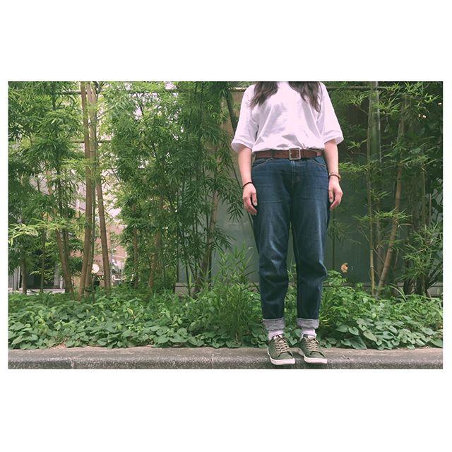 どんより天気ですね️ドラゴン防水の帆布スニーカーで急なパラパラ雨も安心です。#靴磨き女子部#ばくばくジュニア#shoe活2017#outfit#白t#landsend#おさがり#ジーンズ#parici#白靴下#靴下屋#スニーカー#パトリック#ドラゴン防水帆布#patrick白ソールの黒ずみ汚れは、#ステインリムーバー で速攻なで落ち#mowbray#mowbraymania#あしもと倶楽部#今日のコーデ#スニーカー女子#shoecare#靴磨き#fashion#緑#もののけ姫