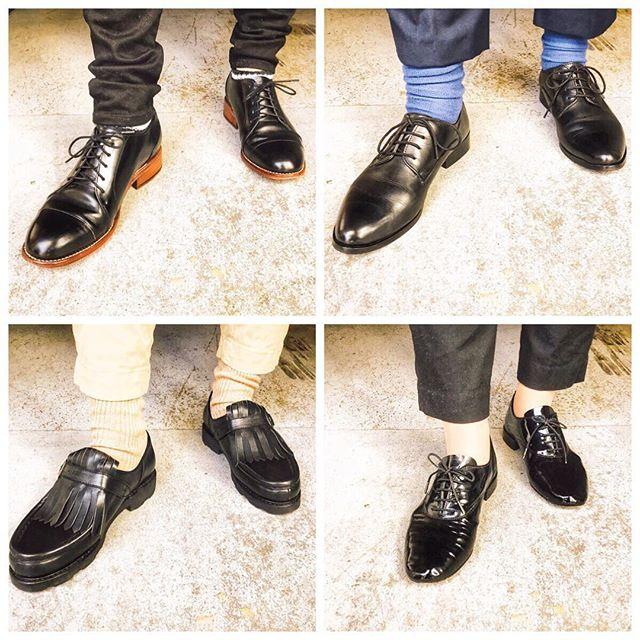 .今日はかっちりコーデの日。女性社員の靴は黒が多め。..HP:@shoecaregirls#靴磨き女子部#足元倶楽部#本日の足元チラ#今日のコーデ#足元くら部#おしゃれさんと繋がりたい#レペット#パラブーツ#靴磨き女子部ピンクレンジャー#shoecaregirls#lethershoes#革靴女子#今日の靴#ootd.#morokoi#canari_shop#repetto#paraboot..