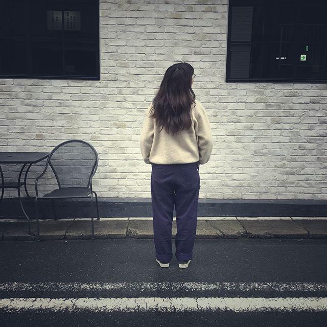 .昨日の暑さから変わり急に寒くなった今日はもこもこ暖かファッション!....HP:@shoecaregirls#靴磨き女子部#足元倶楽部#靴磨き女子部ピンクレンジャー#靴磨き女子部ばくばくジュニア#今日のコーデ#おしゃれさんと繋がりたい#足元くら部#スニーカー女子#ブルゾン#靴磨き女子部の雨の日コーデ#ヴィンテージ#coordinate#shoecaregirls#mmowbray#mowbraymania#instafashion#followme#fashionphotography#outfitoftheday#vintage...