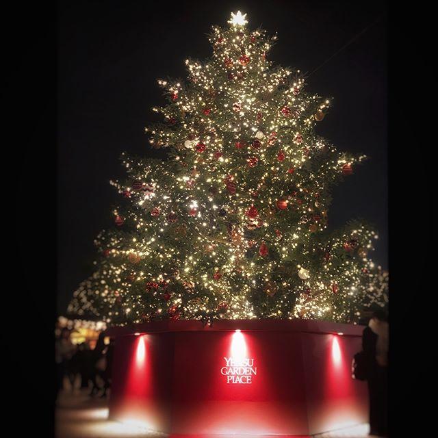 恵比寿ガーデンプレイスで開催中のクリスマスマーケットにて第2回目のワークショップを行います..詳しくは2枚目にて.イベントの他にも、プレゼントにおすすめの商品もその場でご購入頂けます.ぜひ、お越しください.HP:@shoecaregirls#靴磨き女子部#足元くら部#足元倶楽部#靴磨き女子部ピンクレンジャー#おしゃれさんと繋がりたい#ワークショップ#恵比寿ガーデンプレイス #クリスマスマーケット#クリスマスツリー #shoecaregirls#mowbraymania#christmasmarket#ebisugardenplace #workshop#japan#sachet#christmastree#christmas※雨天中止