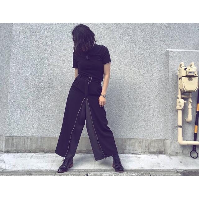 """.今日のテーマは""""黒と黒と、ときどき灰色"""".夏も変わらず黒全開です️.#靴磨き女子部s#靴磨き女子部#shoecaregirls#shoecare#mowbray#shoe活2018#ootd#black#grey#zara#amerivintage#fashion#あしもと倶楽部#おしゃれさんと繋がりたい"""