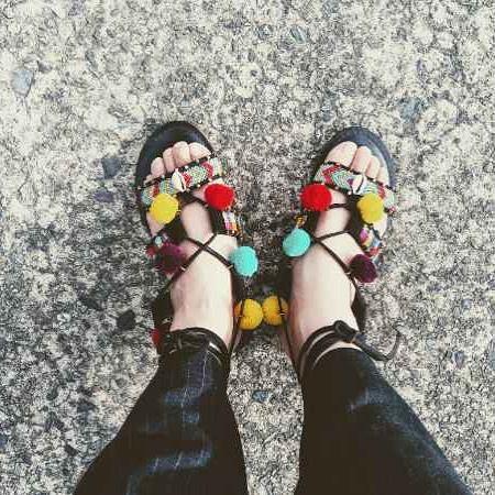 夏を感じる1足#砂浜スタイル#靴磨き女子部#足元俱楽部#靴磨き女子部y#おしゃれさんと繋がりたい #足元くら部#9月23日は靴磨きの日 #サンダル#フォトコン#shoecaregirls #靴好きな人と繋がりたい