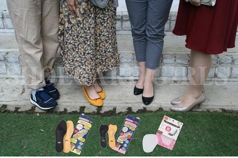 .靴磨き女子部COLUMN更新しました︎インソールでフィット感をアップしましょう.**********HP:@shoecaregirls#靴磨き女子部 #足元倶楽部 #おしゃれさんと繋がりたい #高まる女子力 #革靴女子 #靴磨き #靴磨き女子部t #レペット #コールハーン #インソール #ハニカムキュートジェル #フットレスト #エクササイズ #shoecare #shoecaregirls #mowbraymania #repetto #colehaan #gu #drmartens .