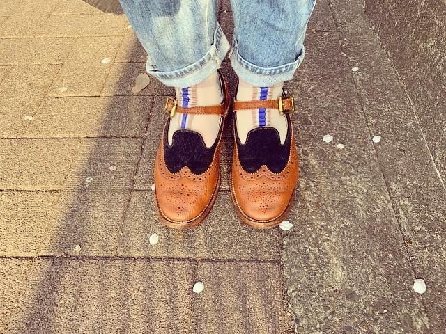 .春になると靴下の主張が強くなりがち。