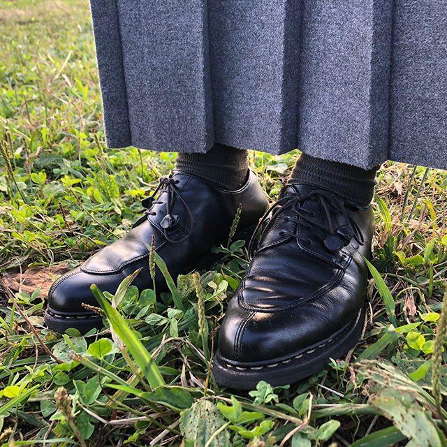 少ししっかりめな格好にもカジュアルにも馴染む靴で出掛けてきました。